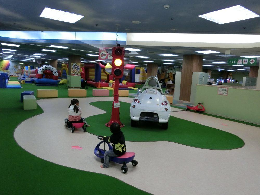 愛知県大口町の子供の遊び場「アメイジングワールド大口店」2017(2/3)