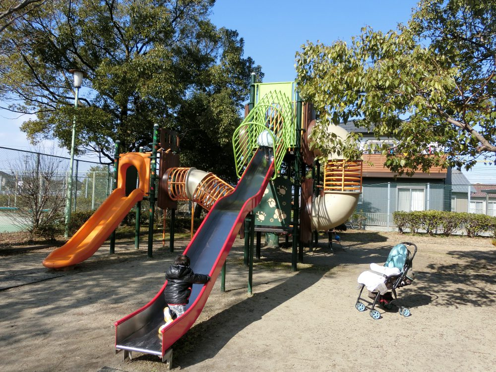 愛知県一宮市の「萬葉公園」に子供と行ってきました。2017